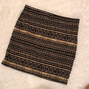 🛍 2 for $5 SALE 🛍Forever 21 Tribal Mini Skirt